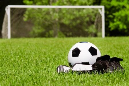 ליגת כדורגל ילדים /מבוגרים